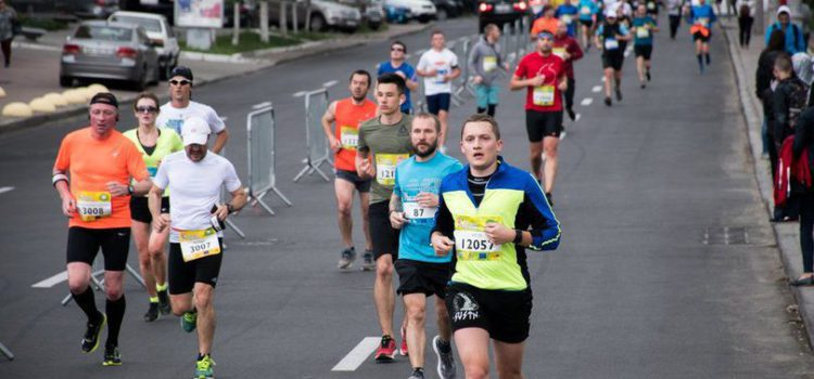 В воскресенье центр Киева перекроют из-за марафона